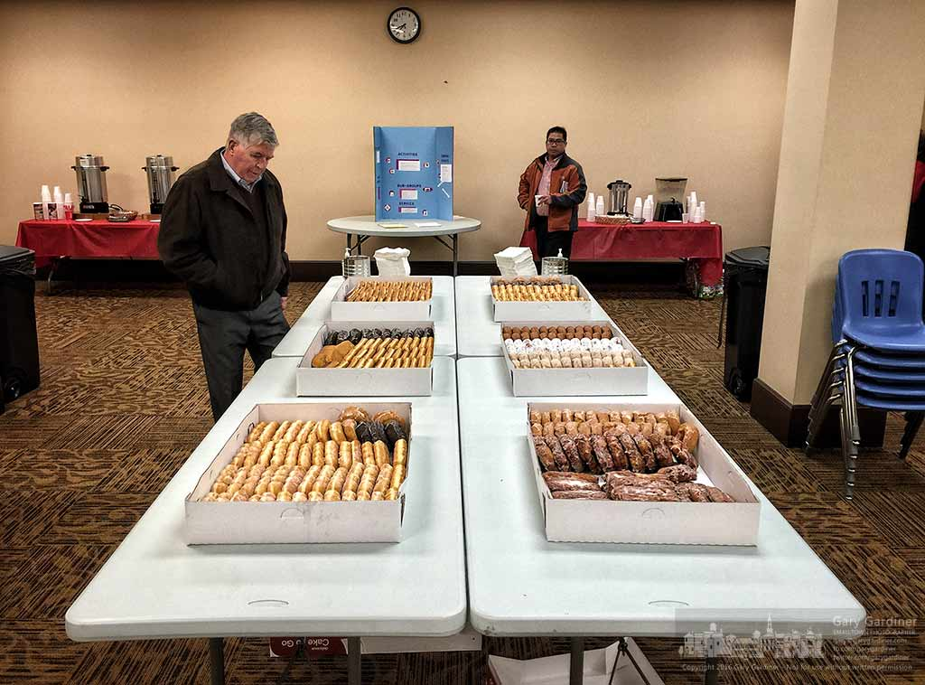 Parishioners at the first Mass in the morning have their choice of all the doughnuts available for the first doughnut Sunday of 2016 at St. Paul the Apostle Catholic Church in Westerville. My Final Photo for January 3, 3015.