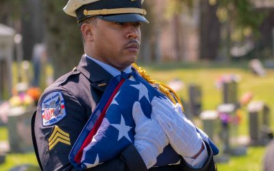 Honor Guard Honors Retired Officer