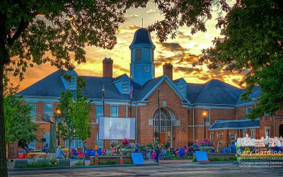 An Evening On The  Lawn