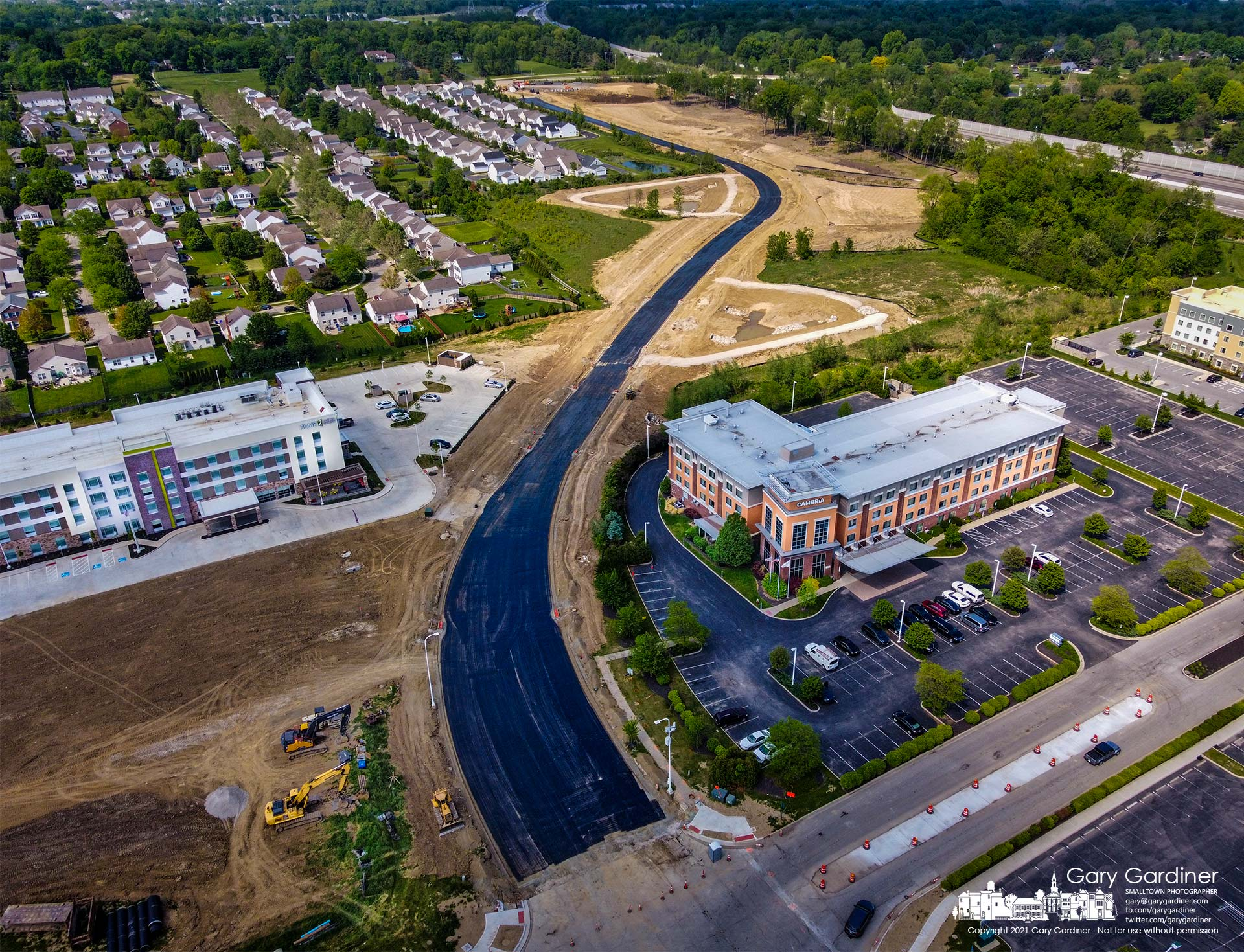 The new extension of Lyra Drive from Gemini Place to East Powell Road is nearing completion creating a connector to Powell Road from Polaris mall. My Final Photo for May 19, 2021.